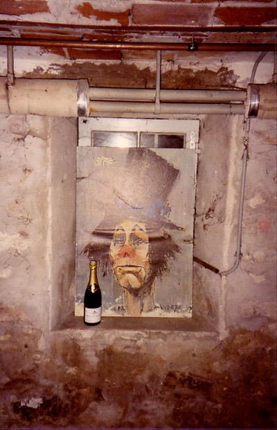 Une oeuvre anonyme, à l'abandon, dans la cave... Ça devrait plaire au Souf' !